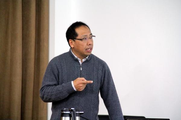 中国地质大学(北京)地球科学与资源学院赵志丹副院长报告